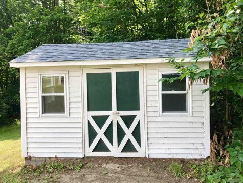 26 Sherwood Forest Londonderry VT 05155