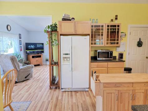 210 Mempremagog View Newport City VT 05855
