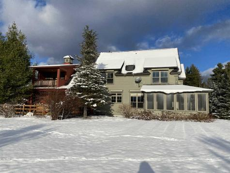 17 Hunger Lane Stowe VT 05672