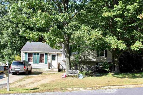 79 Overledge Drive Derry NH 03038