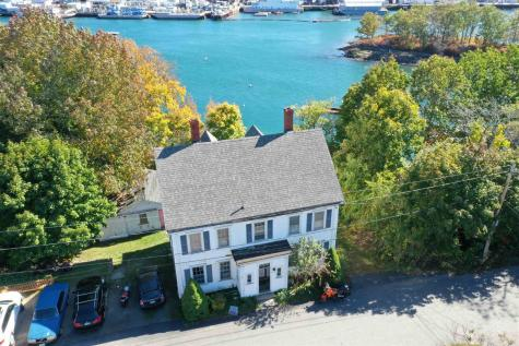 15 Old Armory Way Kittery ME 03904