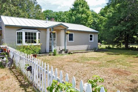496 Plains Road Pittsford VT 05763