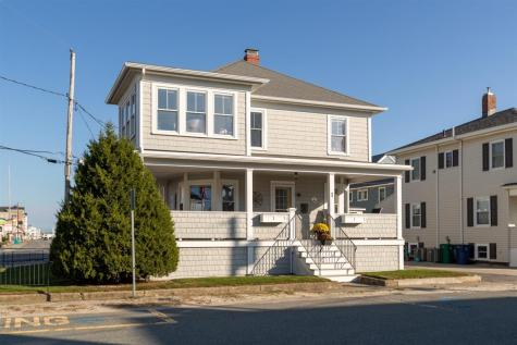 1 Bradford Avenue Hampton NH 03842