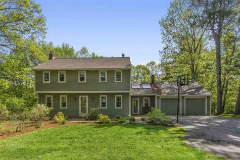 17 Pinnacle Road Amherst NH 03031