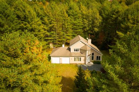 45 Sugar House Hill Stowe VT 05672