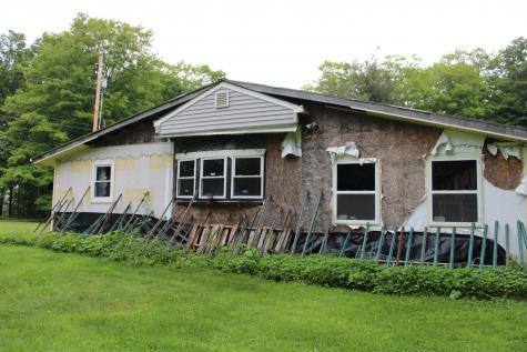 1735 Cross Road Strafford VT 05072