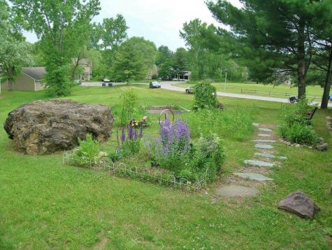 M15 Stonehedge Drive South Burlington VT 05403