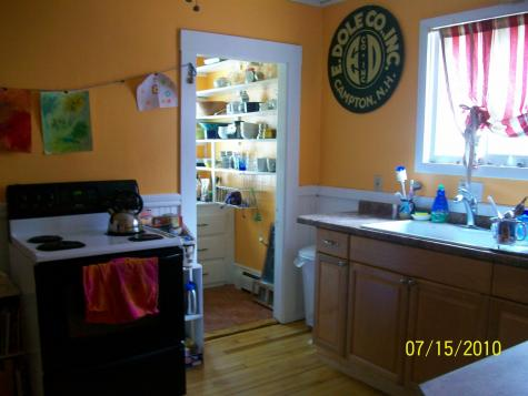 16 Cottage Street Claremont NH 03743