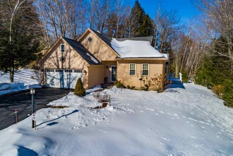 22 Exeter Place Laconia NH 03246