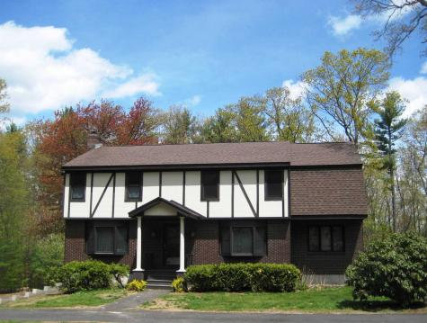 62 Hovey Road Londonderry NH 03053
