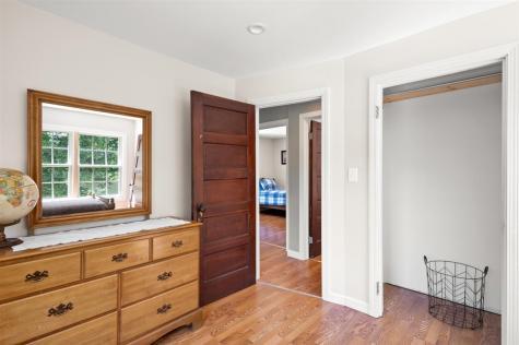 22 Hall Street Bennington VT 05257