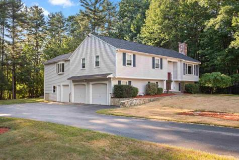17 Skylark Drive Derry NH 03038