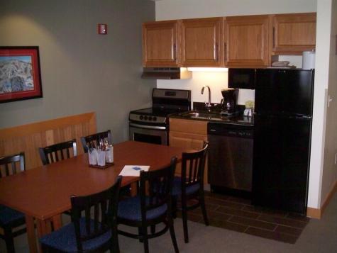 H GRAND HOTEL 259/261 IV (GOULET REVOCABLE TRUST)) Road Killington VT 05751
