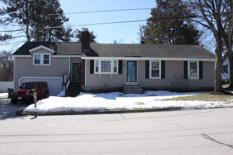 81 Valentine Drive Manchester NH 03103