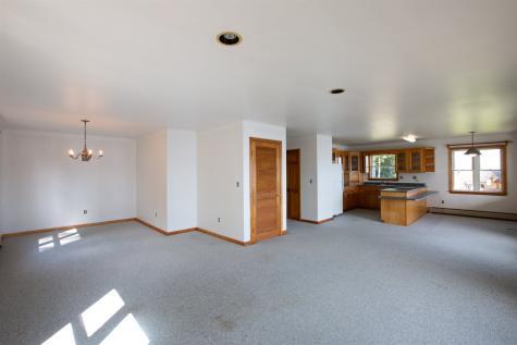 4600 Lake Road Newport Town VT 05857