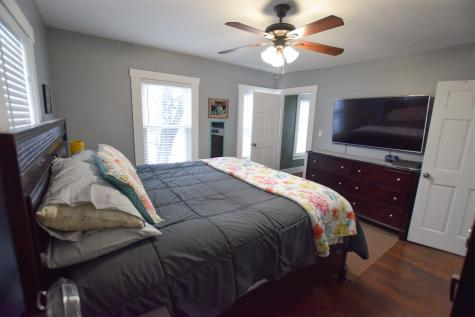 179 Pine Street Laconia NH 03246