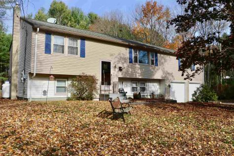 5 Brookview Drive Londonderry NH 03053