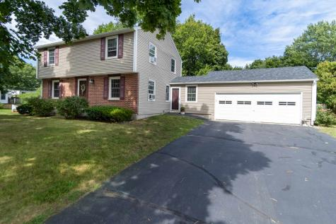 13 Wentworth Avenue Hampton NH 03842