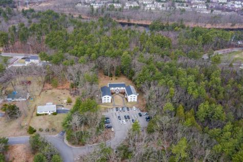 15 Woodland Drive Litchfield NH 03052