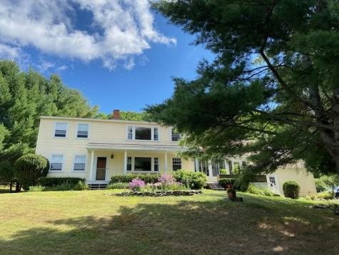 32 Carriage Road Gilford NH 03249