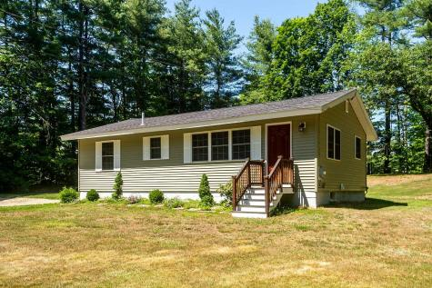 71 Middle Road Brentwood NH 03833