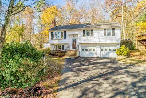 61 Paige Hill Road Goffstown NH 03045