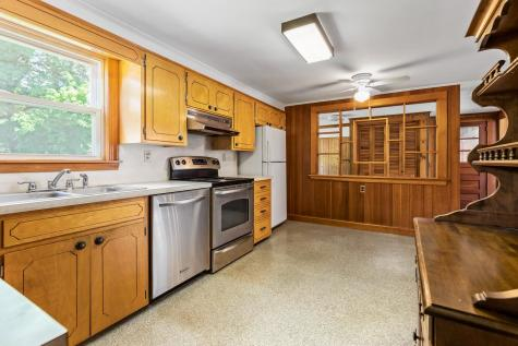 7 Lowell Avenue Dover NH 03820