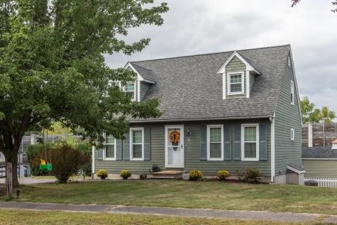 5 Peterborough Place Nashua NH 03064