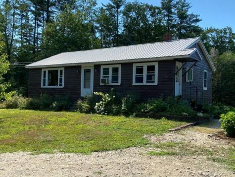 69 College Road Wolfeboro NH 03894
