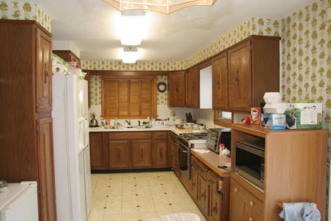 118 Lawrence Circle St. Johnsbury VT 05819