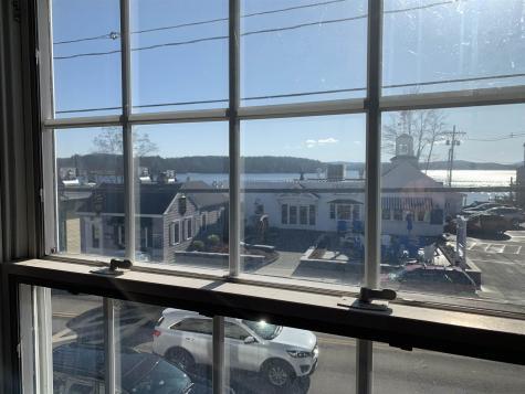 15 North Main Street Wolfeboro NH 03894