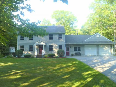 26 Robin Way Meredith NH 03253