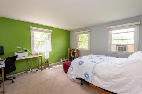 2 Thelma Drive Exeter NH 03833