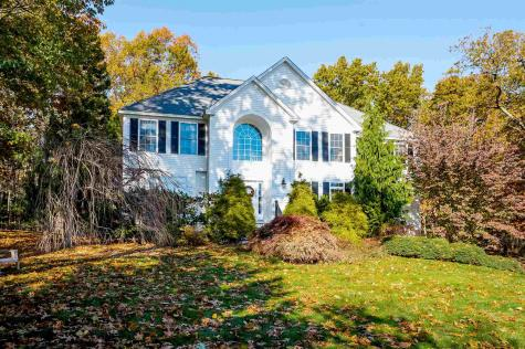 15 Tarbell Road Windham NH 03087