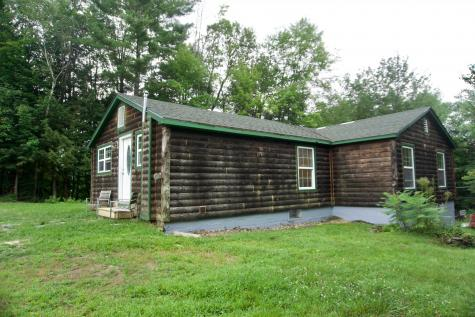 29 Dustin Heights Road Claremont NH 03743