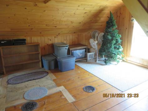 485 East Village Road Waterford VT 05819-9584