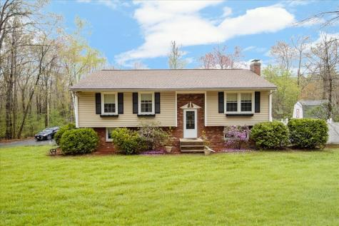 15 thornell Road Newton NH 03858