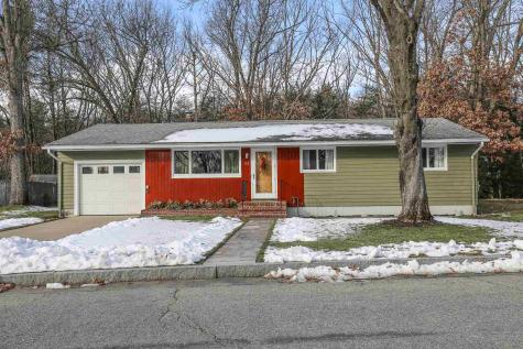 172 Westwood Drive Manchester NH 03103