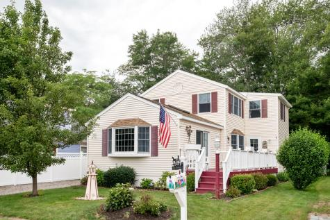 32 Seaview Avenue Hampton NH 03842