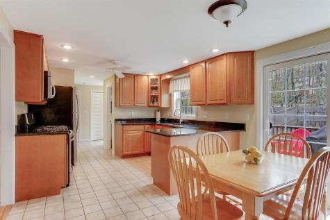 25 Heritage Hill Road Windham NH 03087