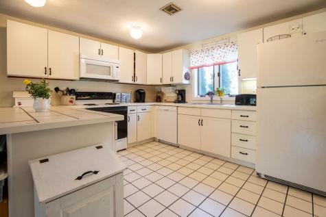 67 Hampton Towne Estate Hampton NH 03842