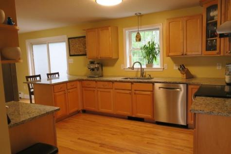 207 Pasture Drive Manchester NH 03102