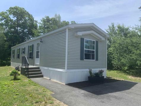 7 D'Amour Avenue Rochester NH 03839