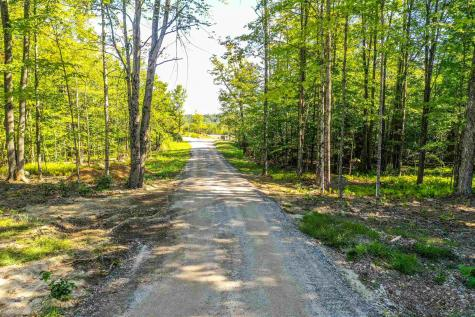 Tracy Road New London NH 03257