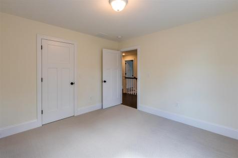 43 Therrien Lane Manchester NH 03104