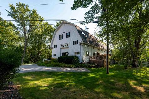 2 Farmhouse Lane Wolfeboro NH 03894