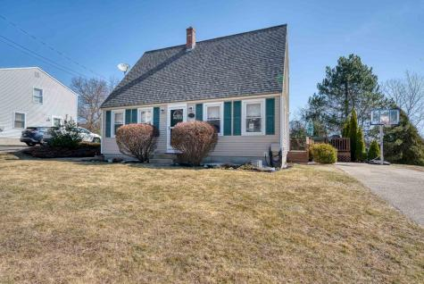 241 Pinebrook Place Manchester NH 03109