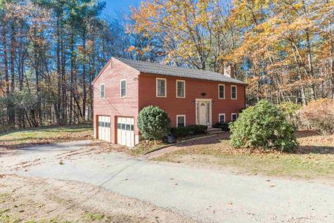29 Peaslee Road Rochester NH 03867-4524