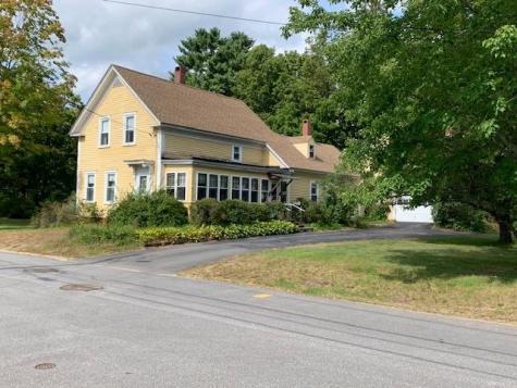 8 Adams Avenue Rochester NH 03867