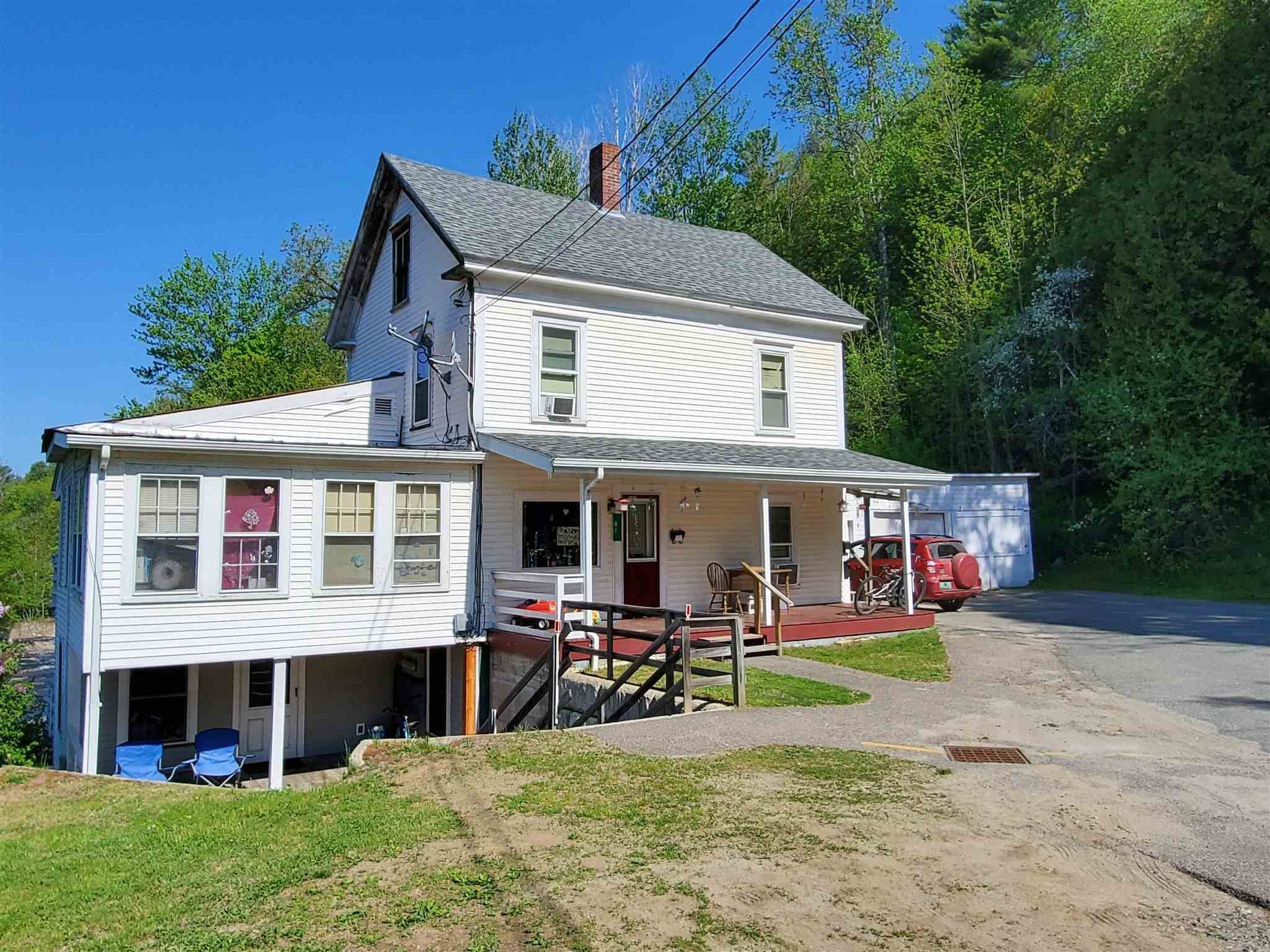 81 Assisqua St. Johnsbury VT 05819